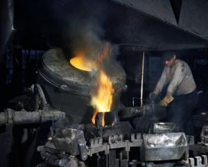 ArcelorMittal si-a diminuat substantial pierderile inregistrate in Romania