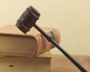Este oficial: Guvernul isi asuma raspunderea pe Codul Muncii
