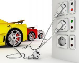 Masinile electrice nu vor mai avea nevoie de priza. Un roman lucreaza la un nou tip de baterie pentru acestea