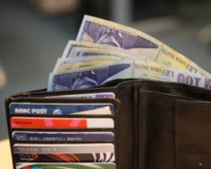 Salariile bugetarilor ar putea fi recuperate integral anul viitor