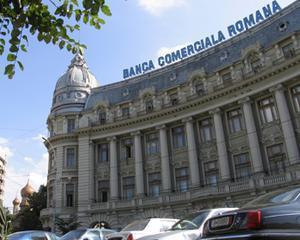 BCR a vandut 100.000 de pachete de cont curent
