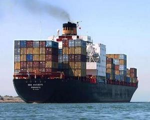 Exportatorii se asteapta la o scadere a cursului de schimb la 3,6-3,8 lei/euro