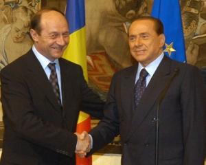Basescu via Berlusconi: Romania este dispusa sa gazduiasca 200 de tunisieni