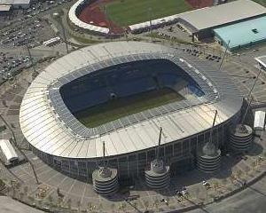 Manchester City isi vinde numele stadionului