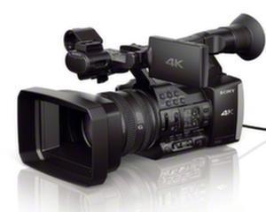 Utilizatorii amatori au acum la indemana o camera video 4K: Sony Handycam FDR-AX1E