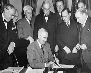 5 iunie 1947: George Marshall lanseaza planul financiar de salvare a Europei