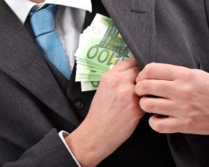 Nereguli romanesti pe bani europeni