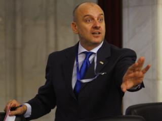 Costin (BNS): trebuie sa dispara orice politician din companiile de stat
