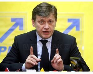 Antonescu acuza conducerea Parchetului ca tine cu Basescu