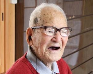 Japonia are peste 51.000 de centenari