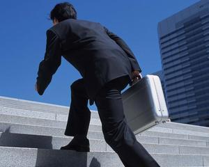 De ce ai nevoie pentru a fi un bun director financiar in actualul context economic? Ernst & Young va prezinta 10 sfaturi
