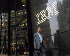 ANALIZA: Cum isi motiveaza IBM angajatii