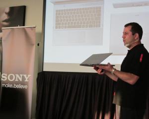 Sony a lansat noua gama de laptopuri VAIO in Romania din care face parte si primul sau Ultrabook
