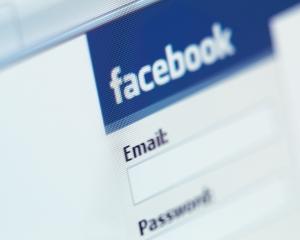 Studiu Kaspersky: Peste 50% dintre companii interzic accesul angajatilor la retele sociale