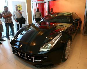 Primul Ferrari 4X4 din istorie se comercializeaza si in Romania