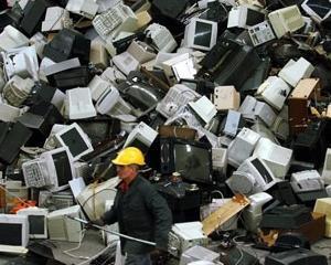 Aproape 680 de tone de deseuri electrice si electronice au fost trimise la plimbare