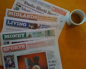 Berkshire Hathaway a cumparat Omaha World-Herald, pentru 150 milioane de dolari