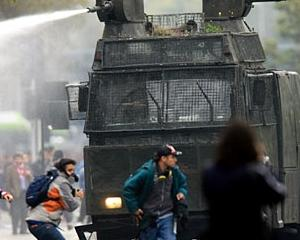 ANALIZA: UE pune tunurile pe agentiile de rating