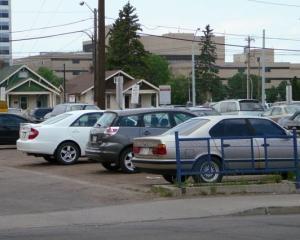 Romanii rezolva problema parcarilor cu ajutorul smartphone-ului