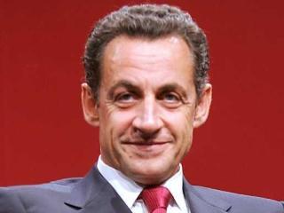 Pagina de Facebook a lui Sarkozy a fost atacata de hackeri