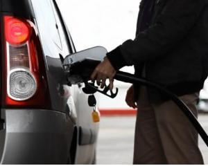 ANALIZA: Cine este vinovat pentru pretul mare al carburantilor din Romania?