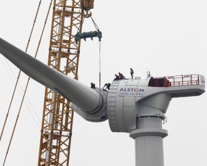 Franta: Proiecte eoliene offshore de 2.000 MW