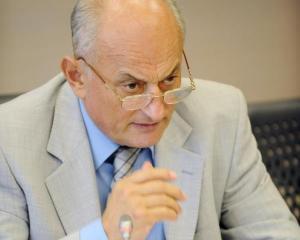 Ionescu, ANEIR: Romania risca sa devina o colonie a speculatorilor valutari