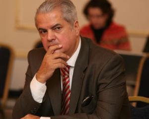 Doi ani de inchisoare cu executare pentru Adrian Nastase