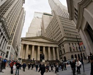 Wall Street: consultanta, politica si afaceri