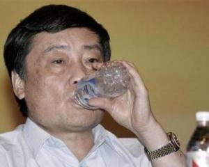 Cel mai bogat om din China traieste cu 20 de dolari pe zi