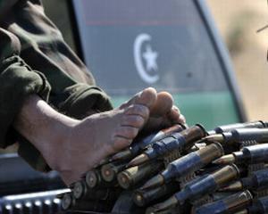 Rebelii libieni recastiga un oras cheie, dupa bombardament