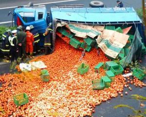 Garda Financiara avertizeaza: nu puneti portocale si tigari in acelasi TIR!