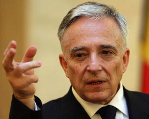 Isarescu estimeaza ca economia Romaniei va creste cu 1,5% in acest an si cu 4-5% in 2012