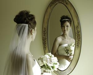 De ce asigurarea nuntii poate fi o risipa totala de bani