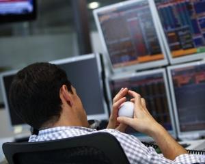 Bursa de la New York creste cu peste doua procente