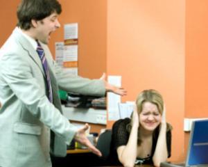 Cum sa depasesti situatiile neplacute la birou