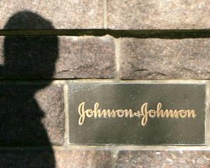Johnson & Johnson trebuie sa plateasca 78.000.000 $, din cauza unor angajati care au dat mita in spitalele din Grecia, Polonia si Romania