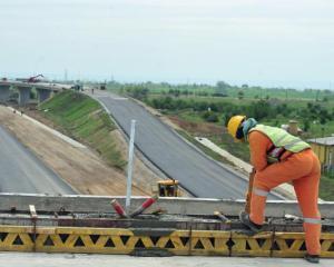 Discovery Channel filmeaza ultima etapa a constructiei podului de peste Dunare Calafat - Vidin