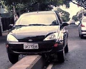Soferii sunt stresati de parcarea laterala