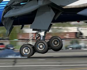 Analizele Manager.ro: Pericolele zborului cu avionul. De ce anume se tem pilotii