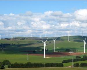 Enel vrea ferme eoliene de 400 MW in Romania pana in 2015