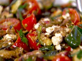 Salata de legume cu branza. Varianta de iarna