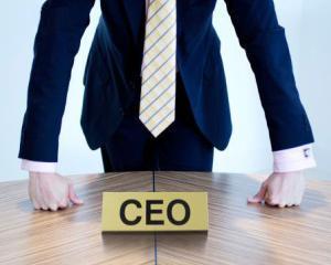 TOP 10 femei care castiga mai mult decat barbatii aflati la conducerea companiilor