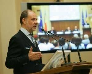 Cristian Popa, BNR: Aderarea la moneda euro pana in 2015 nu este benefica