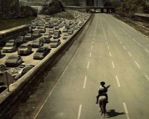 STUDIU: Mai multe sosele nu rezolva problema aglomeratiei in trafic