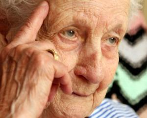 SONDAJ RENTROP & STRATON MARKET RESEARCH: Varsta de pensionare ar trebui sa fie de cel mult 60 de ani