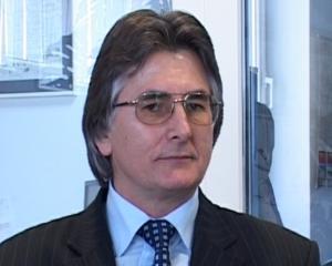 PNL acuza ca institutiile statului fac ce spune Basescu