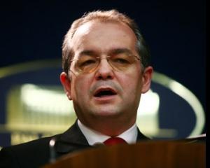 Boc: AVAS plateste sute de milioane de euro pentru greselile de la FNI