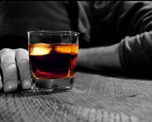 Votca dauneaza grav sanatatii, whisky-ul vindeca!