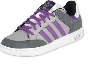 Adidas da in judecata Big 5 pentru falsificarea pantofilor sport